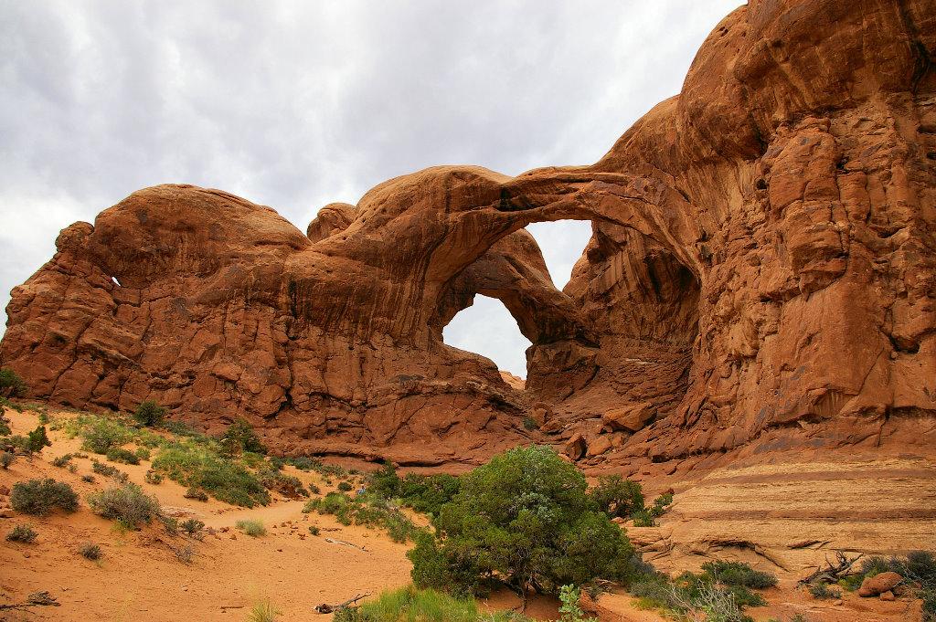 053-2005-arches.jpg