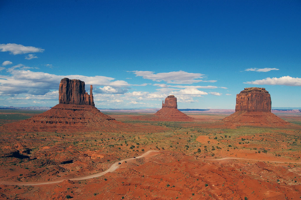 059-2005-monument-valley.jpg