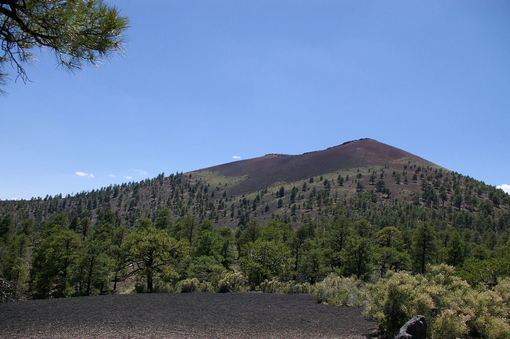 067-2005-sunset-crater.jpg