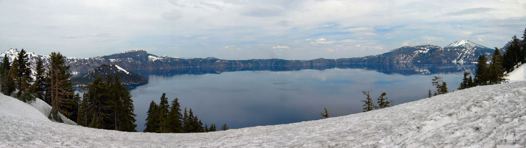 100-crater-lake-pano.jpg